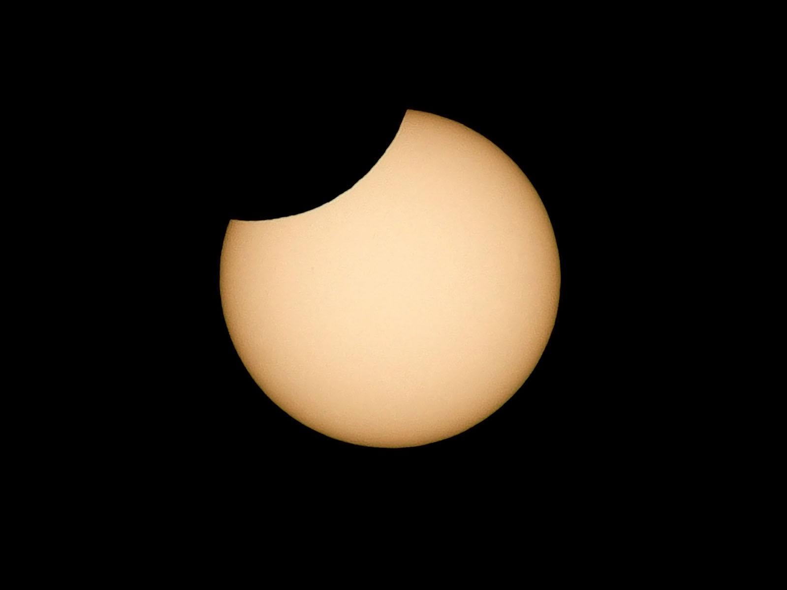 ramon-vaquero_eclipse_jun-21_